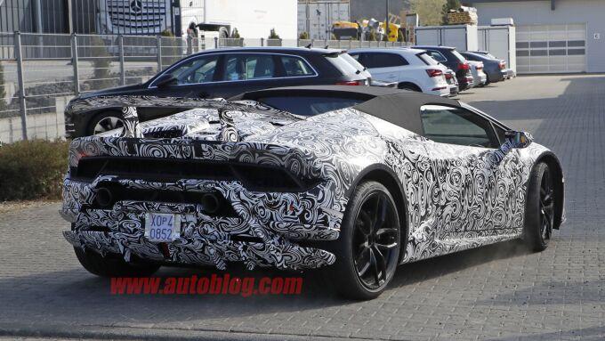 Lamborghini проверил в деле Huracan Performante Spyder